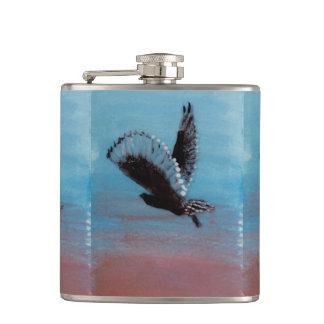 Vogel an der Sonnenaufgang-Kunst-Tawny Eule im Flachmann