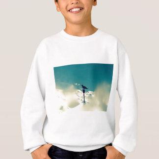 Vogel auf dem Posten - surreal Sweatshirt