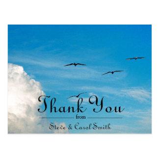 Vögel danken Ihnen im Flug Postkarte