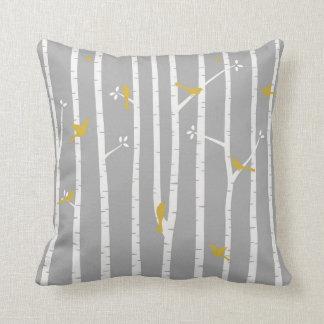 Vögel im Birken-Baum-graues Weiß-Gelb Kissen