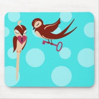 Vögel im Liebe-Schlüssel zu meinem Herzen Mousepad