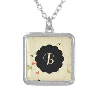 Vogel-und Beeren-Initialen-Entwurf Amulett