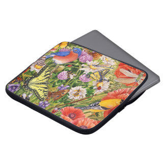 "Vogel und Schmetterlings-Neopren 15"" Laptopschutzhülle"