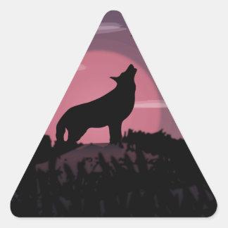 Vollmond des Wolfs Dreieckiger Aufkleber