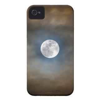 Vollmond in den Wolken Case-Mate iPhone 4 Hülle