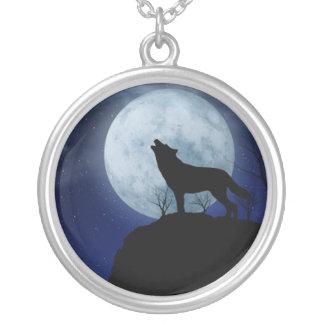 Vollmond-Wolf Halskette Mit Rundem Anhänger