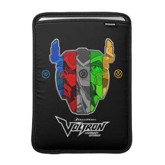 Voltron   Piloten in Voltron Kopf MacBook Sleeve