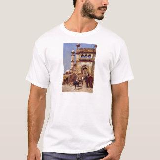 Vor einer Moschee durch Edwin-Lord Weeks T-Shirt