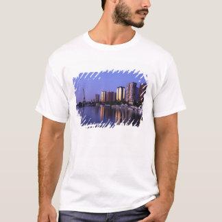 Vordere DU die Seine und Eiffelturm, Paris, T-Shirt