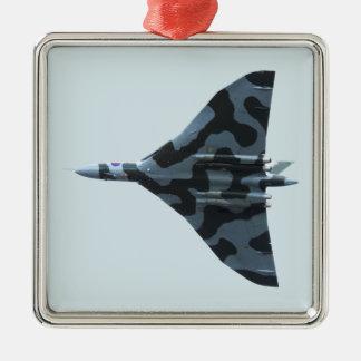 Vulcan Bomber im Flug Silbernes Ornament
