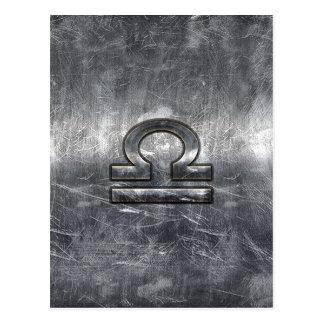 Waage-Tierkreis-Symbol in der silbernen Postkarte
