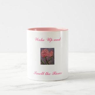 Wachen Sie auf und riechen Sie die Rosen Tee Tasse