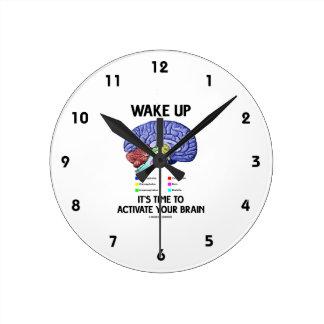 Wachen Sie es ist Zeit, Ihr Gehirn (auf Spaß) zu Runde Wanduhr