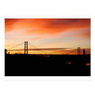 Wachen Sie Lissabon auf! Postkarte