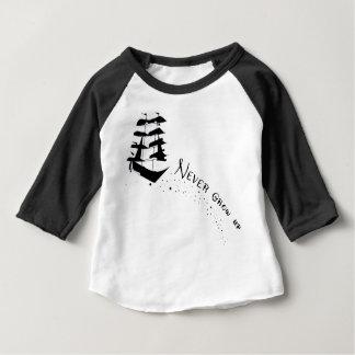 Wachsen Sie nie Piraten-Schiffs-Shirt auf Baby T-shirt