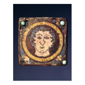 Wadenbein mit dem Gesicht eines jungen Mannes Postkarte