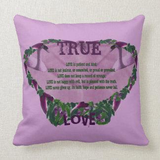 Wahre Liebe-mystische lila Motte Kissen