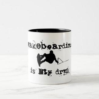 Wakeboarding ist meine Drogen-Tasse Zweifarbige Tasse