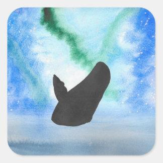 Wal mit Nordlichtern Quadratischer Aufkleber