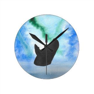 Wal mit Nordlichtern Runde Wanduhr