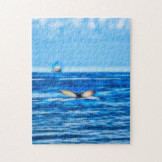 Wal-Schwanz und Boot auf dem Horizont mit Wolken Puzzle