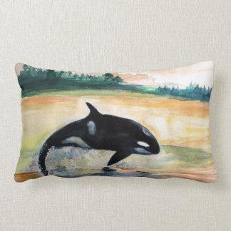 Wal-springendes Schwertwal-lumbales Kissen 33 cm x