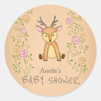Waldrotwild-Blumen-Waldbaby-Dusche Runder Aufkleber