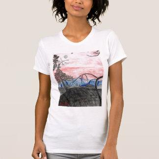 Waldsonnenuntergang durch Julia Hanna T-Shirt