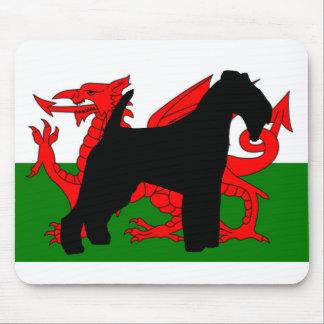 Waliser-Terrier-Silhouette Wales flag.png Mauspads