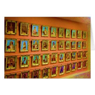 Wand der Porträts der Staats-angemessenen Karte