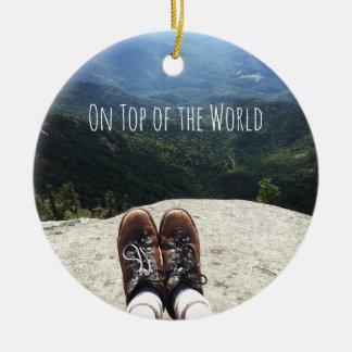 Wandern auf die Welt mit Text I Keramik Ornament