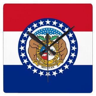 Wanduhr mit Flagge von Missouri, USA