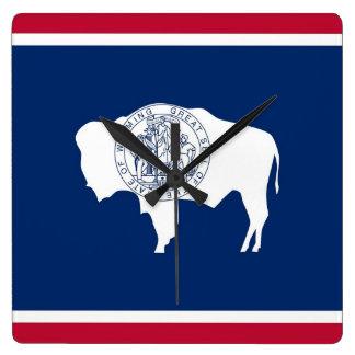 Wanduhr mit Flagge von Wyoming, USA