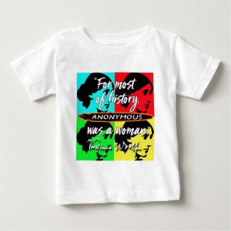 War ein Zitat Frau ~ Virginias Woolf anonym Baby T-shirt