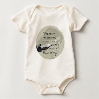 War ein Zitat Frau ~ Virginias Woolf circl anonym Baby Strampler