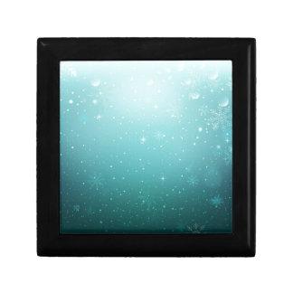 Warmes Winter-Märchenland mit Schneeflocken Geschenkbox