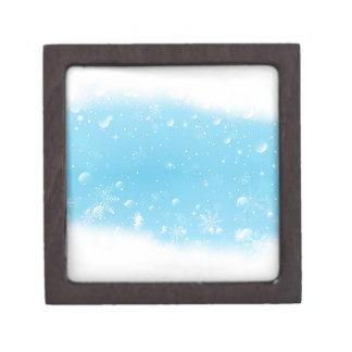 Warmes Winter-Märchenland mit Schneeflocken Kiste