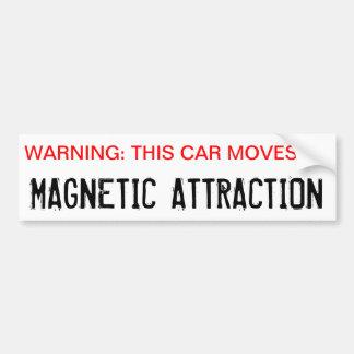 Warnend, bewegt sich dieses Auto durch magnetische Autoaufkleber