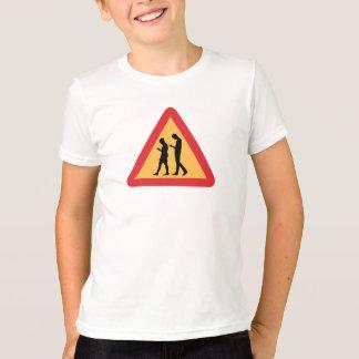 Warnende bewegliche Zombies, Stockholm, Schweden T-Shirt
