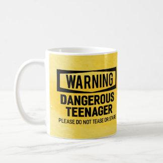 Warnende gefährliche Jugendlich-Tasse Tasse