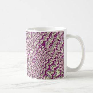 Warped lines tasse