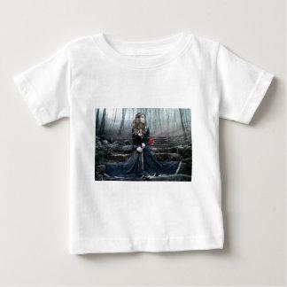 Wartete meine wahre Liebe Baby T-shirt