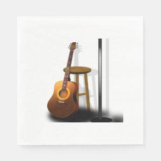 Wartete Zugaben-Gitarren-Schemel und Mike Papierserviette