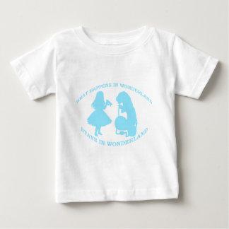 Was in den Märchenland-… Aufenthalten im Baby T-shirt