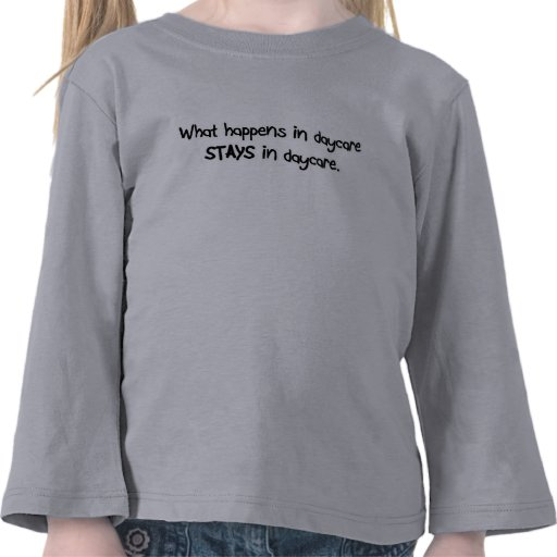 Was in Kindertagesstätte AUFENTHALTEN im Kindertag Shirts