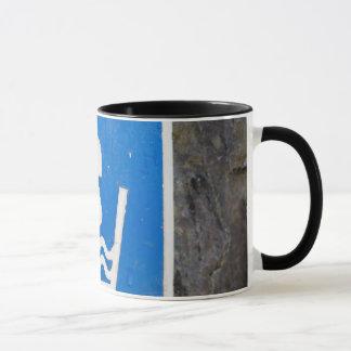 """""""Wasser-Brunnen-"""" Zeichen-Tasse Tasse"""