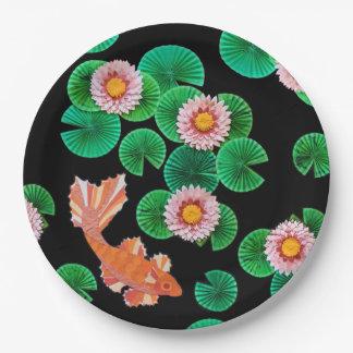 Wasser-Lilien-und Koi Isolationspappe-Teller Pappteller