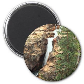 Wasserfall auf den gotischen Spuren, Colorado Runder Magnet 5,7 Cm