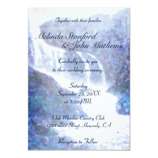 Wasserfall der Hochzeits-Einladungs-| lila Karte