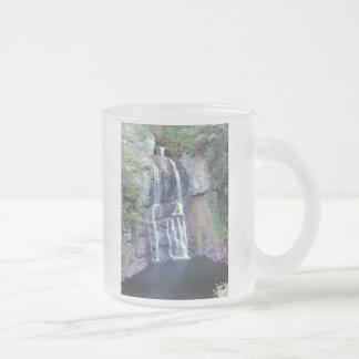 Wasserfall-Entwurf Mattglastasse
